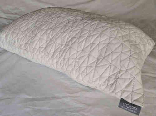 L'oreiller inclut 30 % de plumes