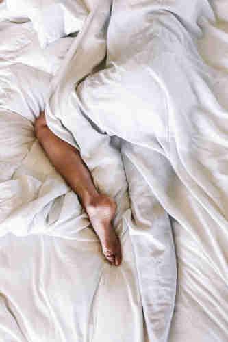 Un oreiller rafraîchissant constitue la meilleure solution anti-transpiration