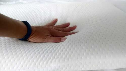 test fermeté oreiller à mémoire de forme