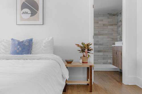 Chambre à coucher propre et saine